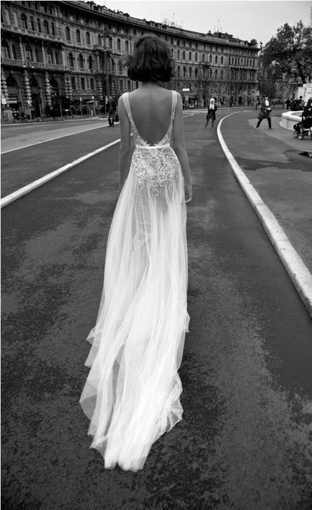 Bruidsjurk sexy nauwsluitend model met zwierige tule rok