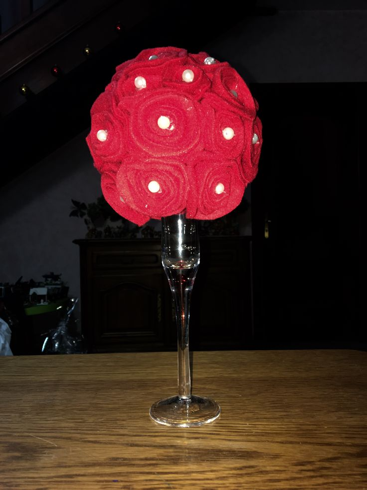 Alberello rose rosse
