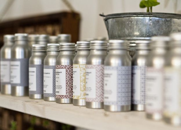 Mirins Copenhagen Natural Skincare | Travel size: Body Wash, Massage Oil, Body Oil, Shampoo and Conditioner