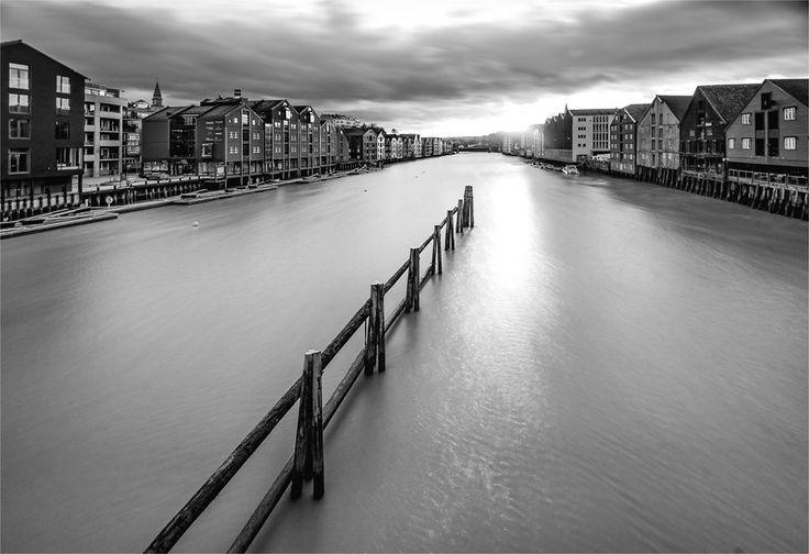 Trondheim, Nidelva by Aziz Nasuti on 500px
