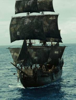 """""""the Black Pearl"""" ou """"la Perle Noire"""" , navire de type indiaman utilisé dans les films 'Pirates des Caraibes' (voiles noires)"""