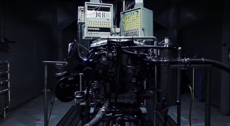 Pagani AMG V12 Testing
