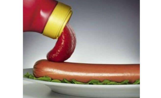 Muy buena Publicidad subliminal de Marca de ketchup.