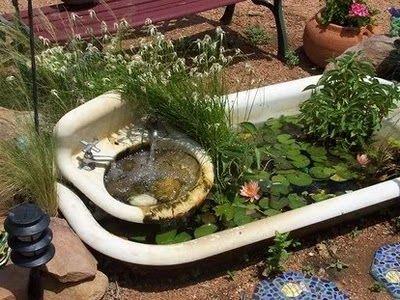 Badewanne im Garten