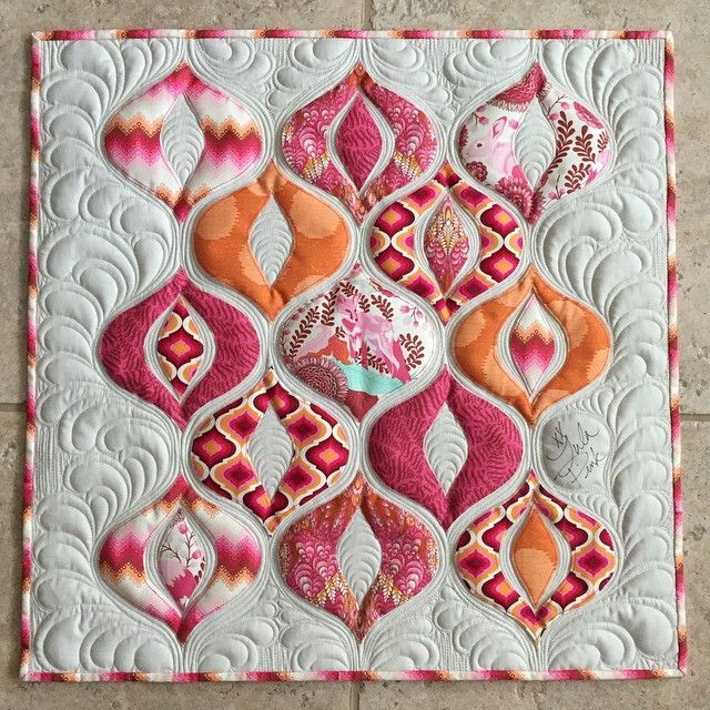 Amazing quilt from orchidowlquilts. Love it!