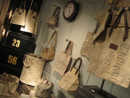 17 best images about us vintage mail bags on pinterest for Burlap sack decor