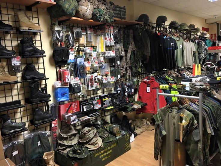 Aquí os mostramos un poco de nuestra tienda física, pero también nos encontráis on line.