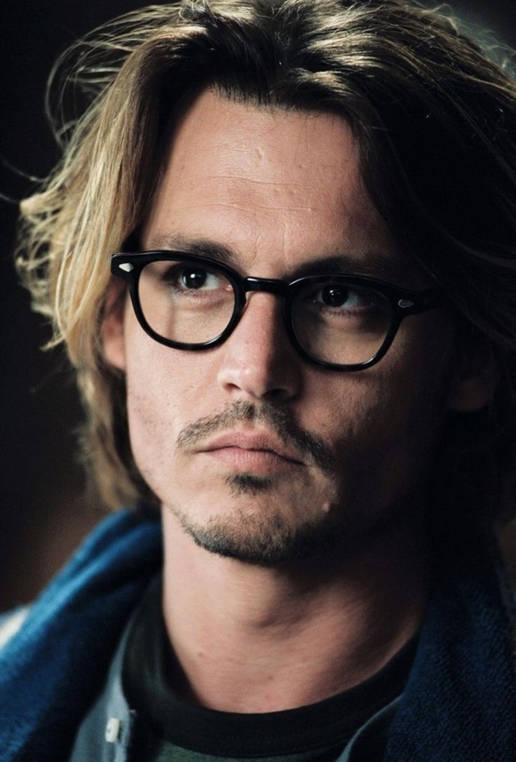 Johnny Depp- I have always loved this man! I think he gets better looking the older he gets and I love the longer hair on him!