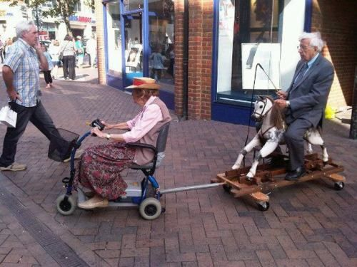 this is so funny!!!!!!: Old Age, Rocks Hors, Young At Heart, Funny Pictures, Future Husband, Scooters, Funny Stuff, Photo, Old People