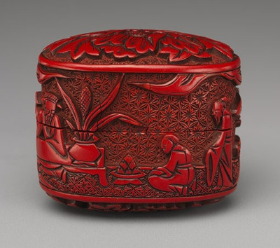 RED lacquered Japanese box, 18th century.