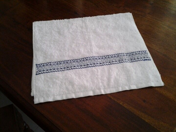 Second homemade handtowel. Going as a gift to melbourne next week. Thanks to a tara dennis pin for inspiration.
