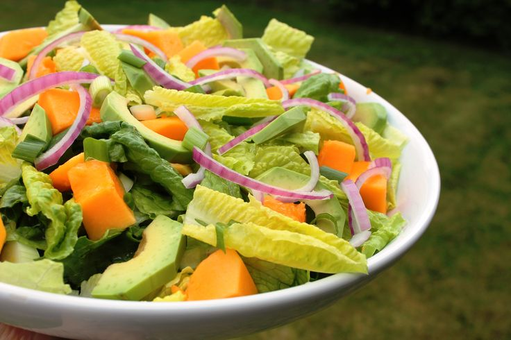 Papaya & Avocado Salad - Food Friday!! www.jillianharris.com