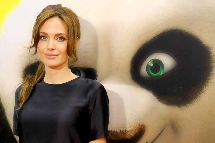 Účes jako Angelina Jolie.