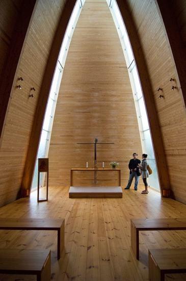 優游在綠意中的神聖殿堂~芬蘭的【木舟教堂】 建築欣賞 居家裝潢 HiNet 房地產