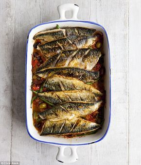 Baked mackerel with tomato sauce, capers and olives