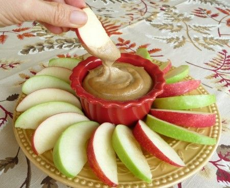Healthy caramel apple dip (dates, cashews, and maple syrup)