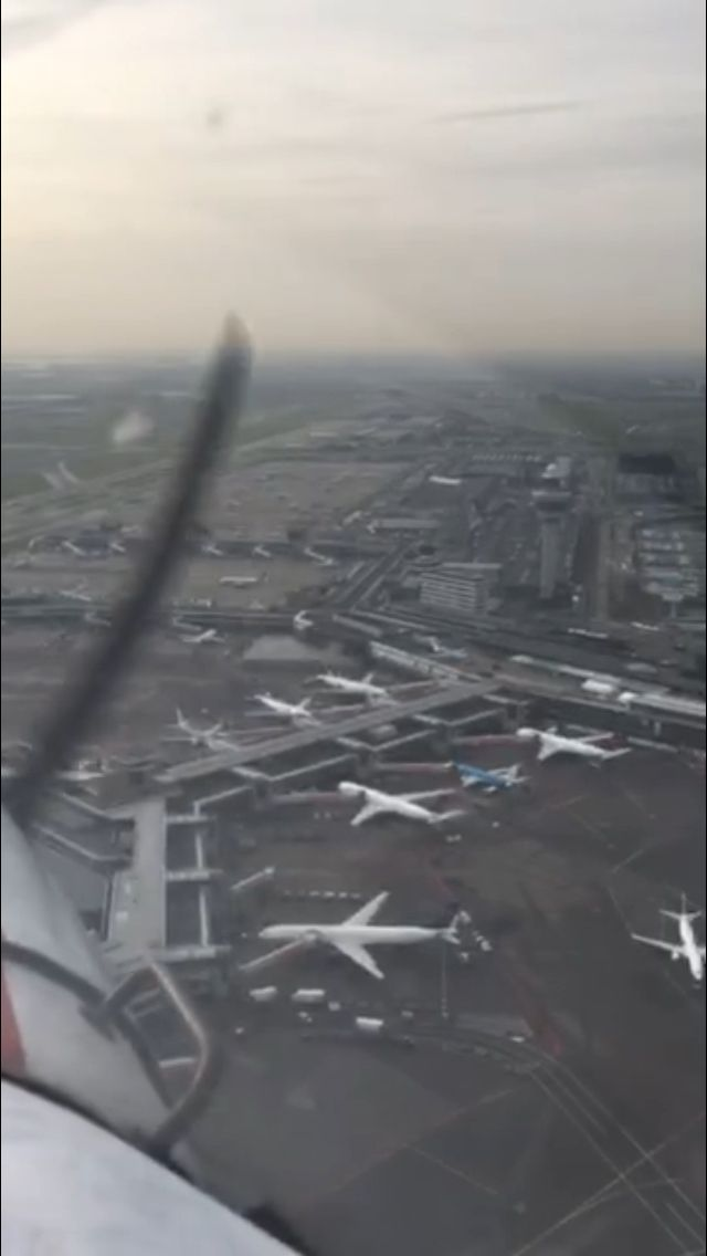 Boven Schiphol Airport