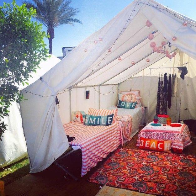 Im Zelt auf amerikanischen Festivals: