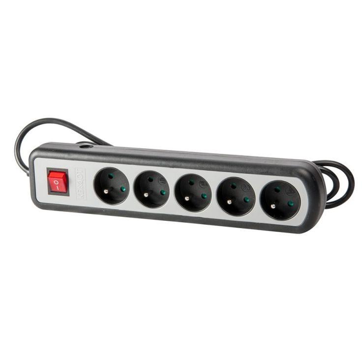 Listwa zasilająca - niezbędny element wyposażenia biurowego.  źródło: http://www.emi-led.pl/85-akcesoria
