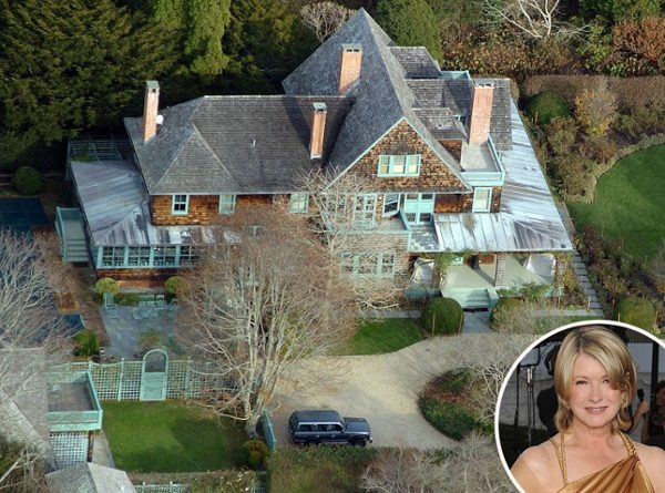 Martha stewart from celebrity homes in the hamptons for Celebrity homes in the hamptons