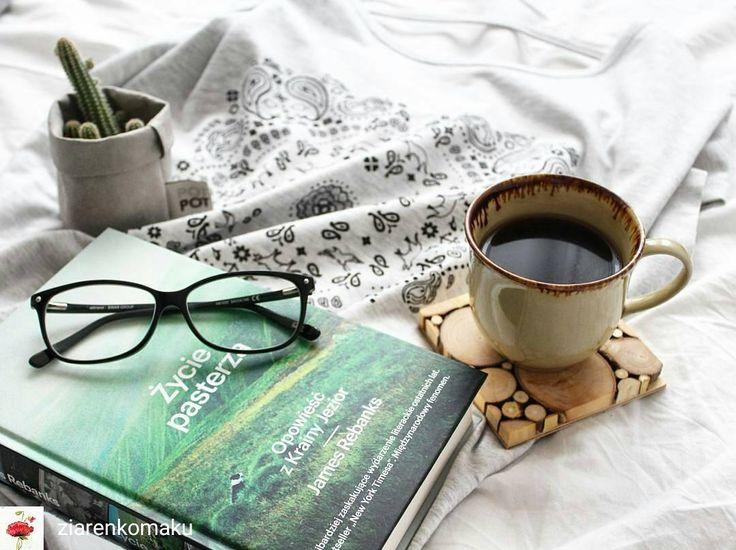 """Polubienia: 49, komentarze: 1 – Szymon Gacki (@woodlovers.pl) na Instagramie: """"From @ziarenkomaku -  Ufff, zaczynam nową książkę. Zapowiada się bardzo ciekawie. #kawa #coffee…"""""""