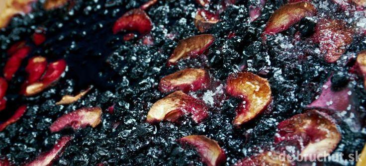Čučoriedkovo-jablkový koláč