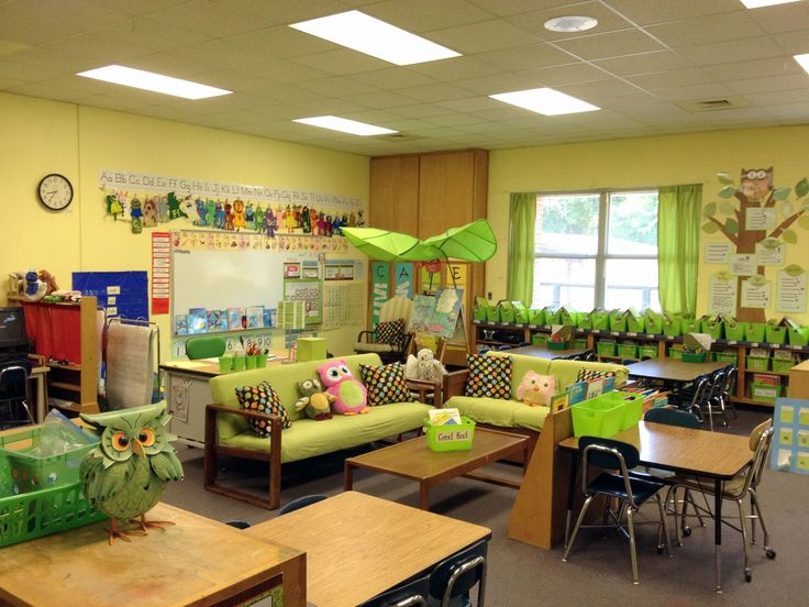 Green Classroom Decor ~ Images about owl theme classroom on pinterest
