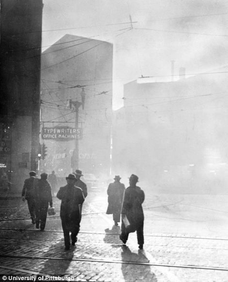 One of a series of images of the smog in Pittsburgh in the 1940s and 1950s: Liberty, Smoking Control, 1940 Photography, Sliding Collection, Pittsburgh Ca, Fifth Avenu, Lanterns Sliding, Universe Of Pittsburgh, Control Lanterns