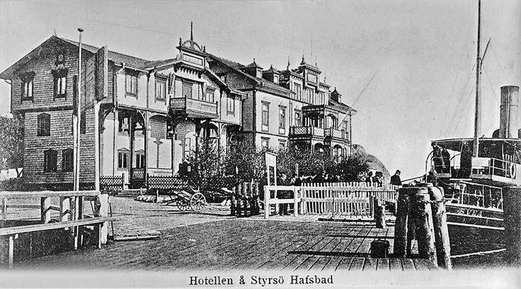 Styrsö Bratten - Göteborgs Södra Skärgård 2016 - Hotellet på Bratten med Annexet, nu rivet, omkring år 1900.