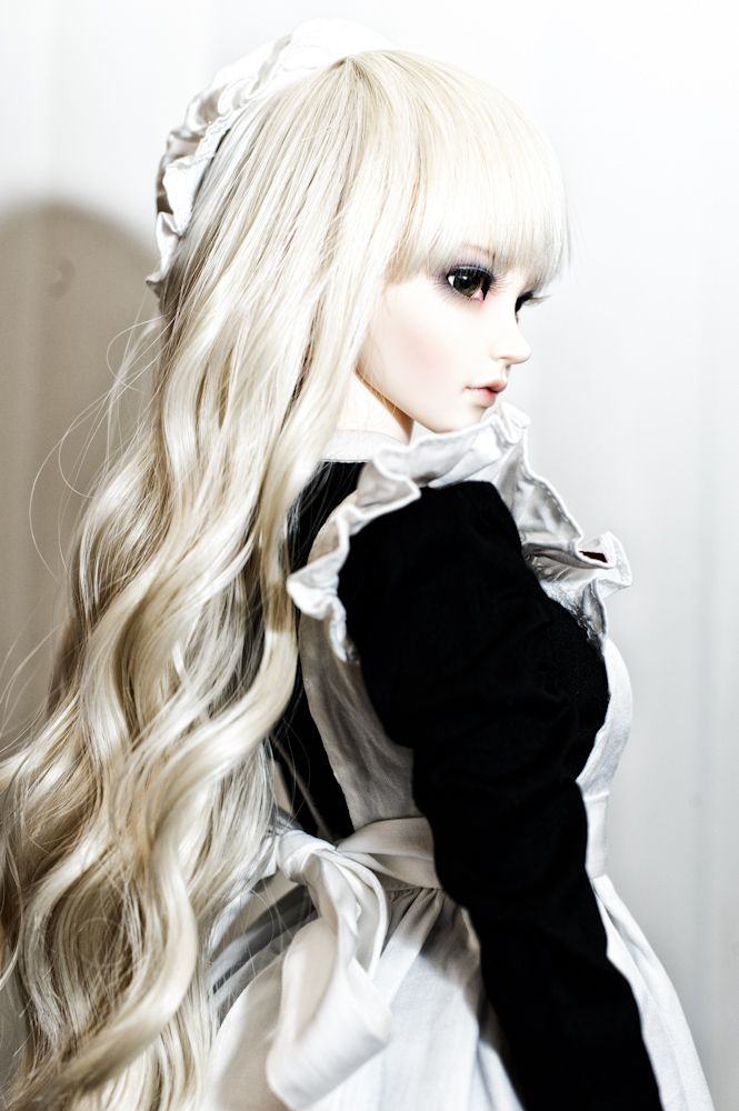 ♥Dollhouse, ~*dolls with a difference........*~ Beautiful hauntingly realistic looking dolls.
