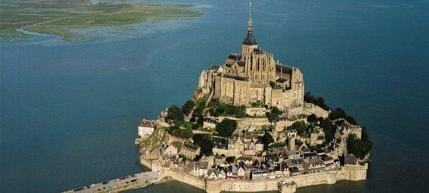 #france #франция #normandie #normaundie #normandy #красивыйвид #lemontsaintmichel #монсенмишель Мон-Сен-Мишель. 10 основных достопримечательностей Франции   Oh!France: поездка во Францию