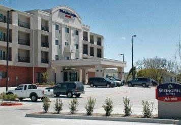 SpringHill Suites Galveston Island (***)  SANTA LIDIA BADOI has just reviewed the hotel SpringHill Suites Galveston Island in Galveston - United States of America #Hotel #Galveston  http://www.cooneelee.com/en/hotel/United-States-of-America/Galveston/SpringHill-Suites-Galveston-Island/1571045