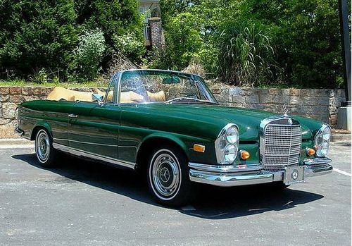 1966 Mercedes-Benz 280SE 3.5 Cabriolet Maintenance/restoration of old/vintage vehicles: the material for new cogs/casters/gears/pads could be cast polyamide which I (Cast polyamide) can produce. My contact: tatjana.alic@windowslive.com