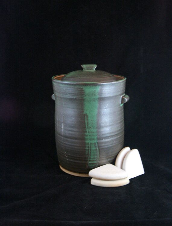 Fermentation Crock (6 Liters) with Water Lock, Lid, and Weight