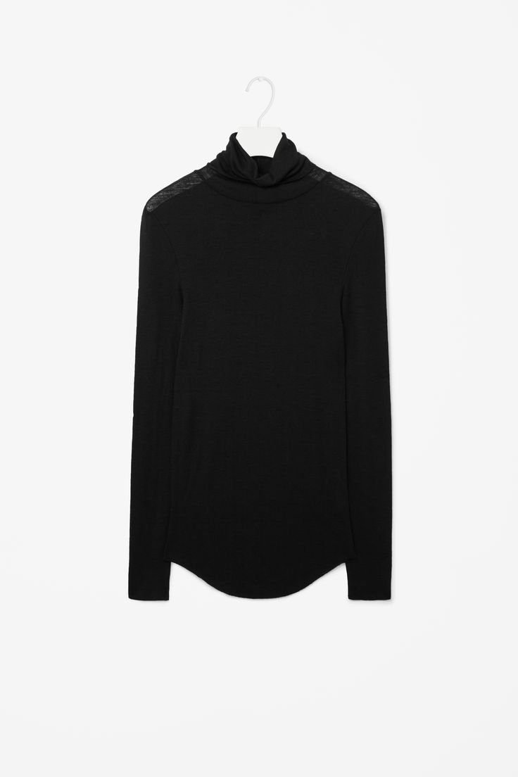 Roll-neck wool top