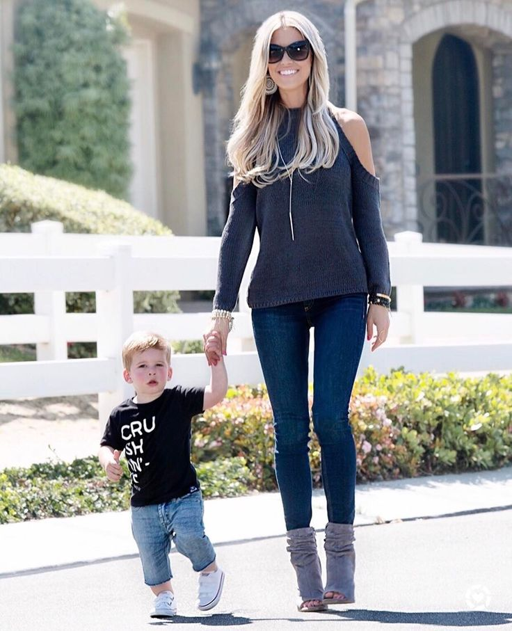 Christina El Moussa: Love strolling with my main man #HeMakesMeLookGood