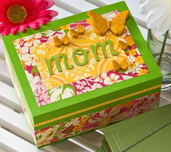 Mothers Day craft butterfly jewelry box