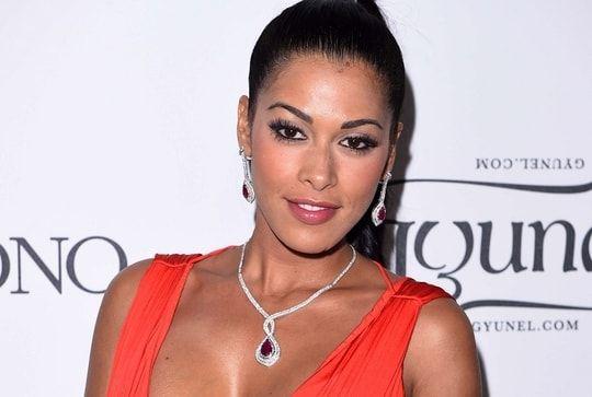 Ayem Nour enceinte : la grossesse surprise de l'ancienne des anges de la télé-réalité Check more at http://info.webissimo.biz/ayem-nour-enceinte-la-grossesse-surprise-de-lancienne-des-anges-de-la-tele-realite/