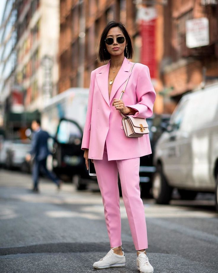 aimee song pink suit outfit
