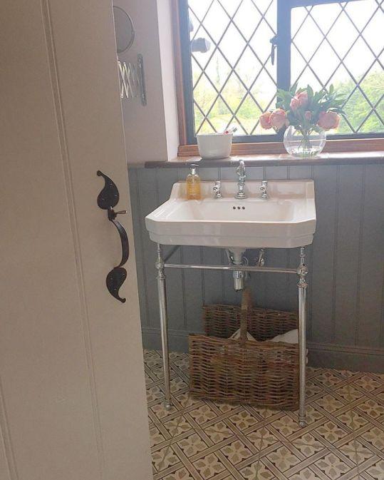 Best 25 Grey Bathroom Tiles Ideas On Pinterest: Best 25+ Grey Floor Tiles Bathroom Ideas On Pinterest