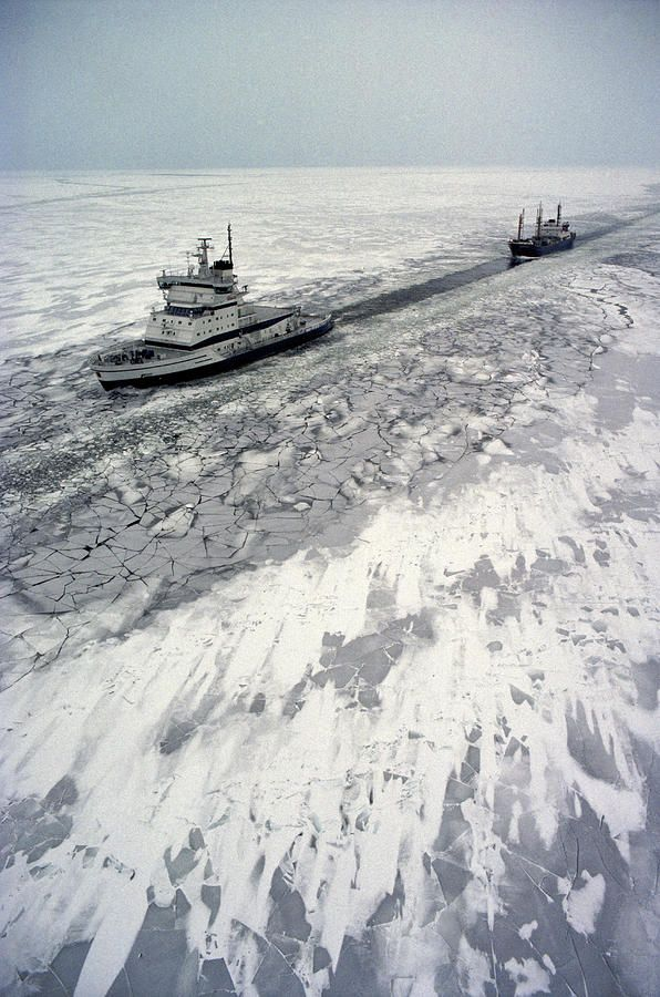 ✮ Finland Ice-Breaker making way for Freighter in northern section of Gulf of Bothnia