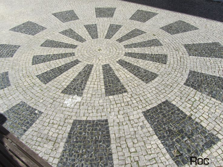 Caldas da Rainha Artistic portuguese pavement Calçada Portuguesa