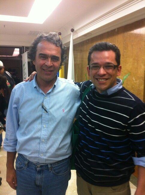 El Gobernador de Antioquia Sergio Fajardo un academico, un lider y muy seguramente un futuro presidente
