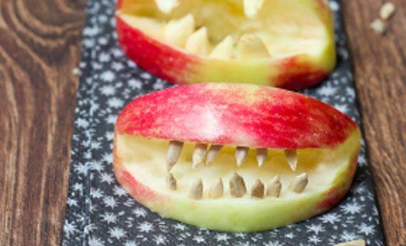 Frutta ad Halloween: 5 idee veloci e terrificanti per snack sani   I dolcetti di Paola