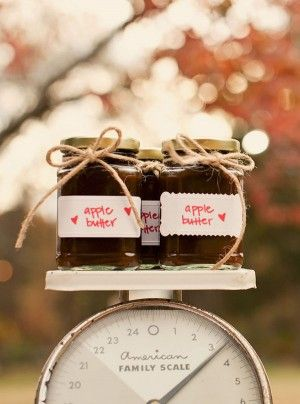 fall wedding.. party favors