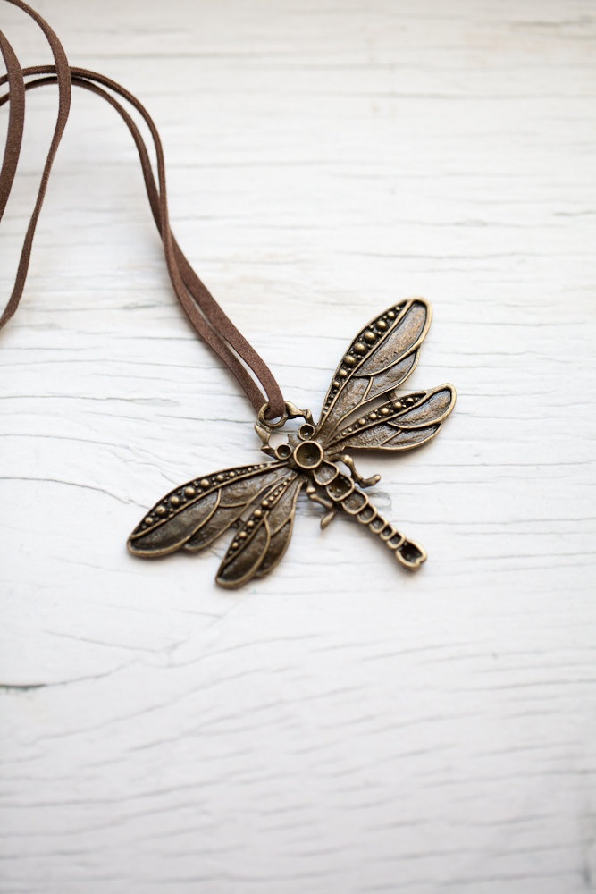 Dragonfly Pendant  I love this!!!!!!!!!!!!!!!!!!!!!!