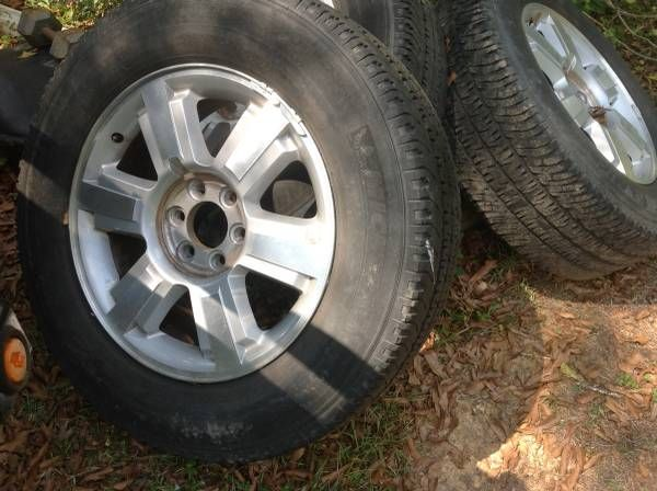 Used F150 rims and tires – auto parts – by owner