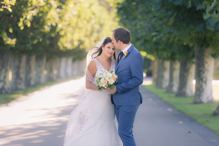 mission estate wedding photographer hawkes bay bride and groom