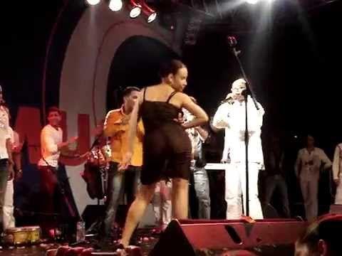 Kirenia Cantin solo dance (Charanga Habanera Concert), part 2/2