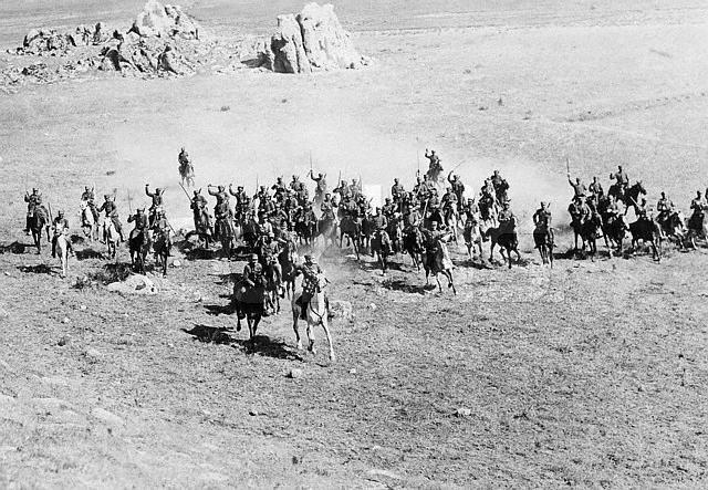 File:Greek Cavalry Asia Minor 1921.jpg